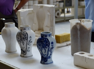 The mould and various stages in producing porcelain