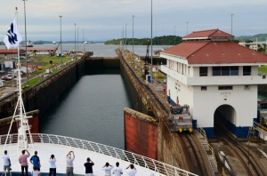 Sea Princess Panama Canal 046 (800x530)