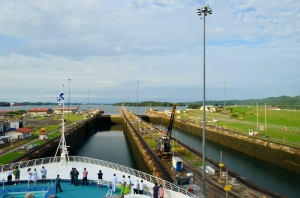 Sea Princess Panama Canal 053 (800x529)