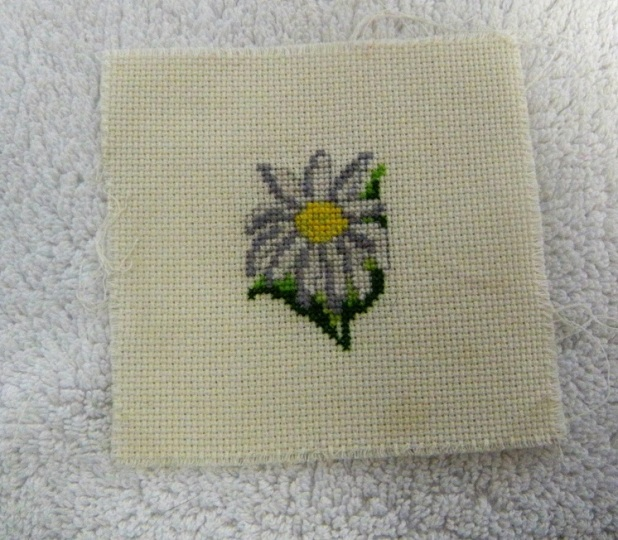 Cross stitch flower (2)